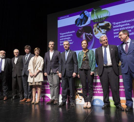 Jornada sobre Especialización Inteligente y Estrategias RIS3 en el Palacio Kursaal de Donostia-San Sebastián